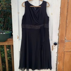 Black Sleeveless Dana Kay Dress Size 16W